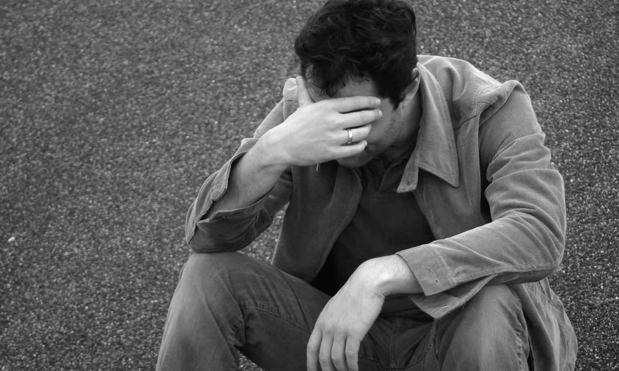 Η χώρα βυθίζεται στο «βούρκο» της ανεργίας