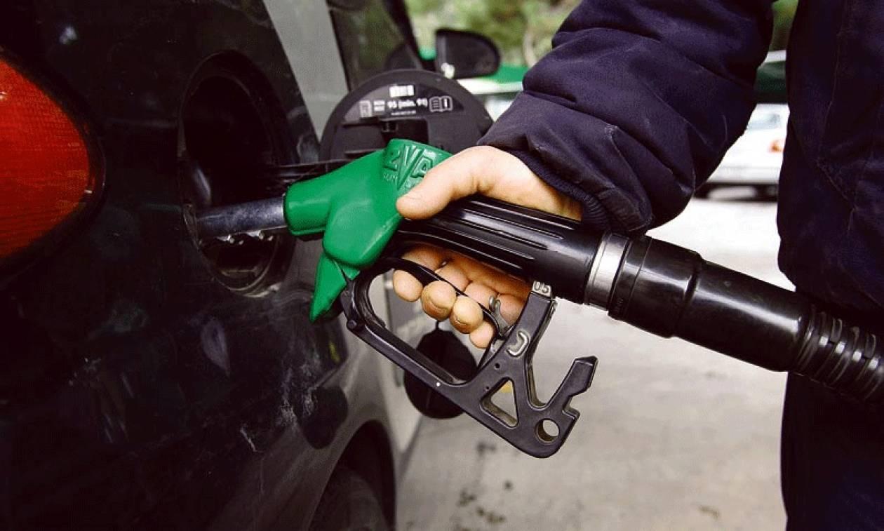 Έρχεται μείωση στην τιμή της βενζίνης