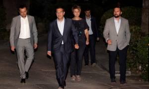 Πρόωρες εκλογές – Τσίπρας: Καθήκον μας να βγάλουμε τη χώρα απ'την κρίση