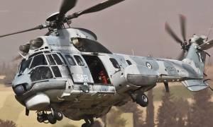 Αερομεταφορά ηλικιωμένων από το Άγιο Όρος με Super Puma
