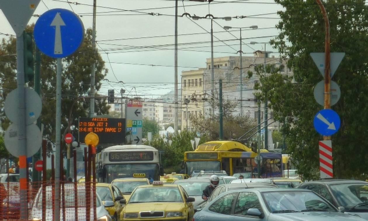 ΥΠΟΙΚ: Δεν θα υπάρξουν αλλαγές στα τέλη κυκλοφορίας των ΙΧ