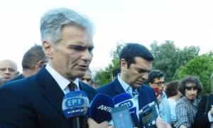 Politicο: Η Αυστρία δείχνει αλληλεγγύη στην Ελλάδα για το προσφυγικό