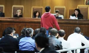 Τι κατέθεσε ο αστυνομικός που συνέλαβε τον Ρουπακιά