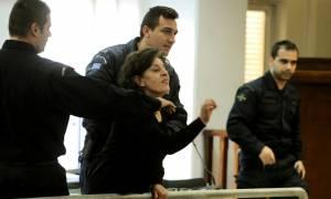 Μάνα Φύσσα για Ρουπακιά: «Θα του κόψω το λαρύγγι» (photos)