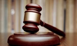 Με προσφυγή στη δικαιοσύνη απαντά η φαρμακοβιομηχανία στα νέα μέτρα