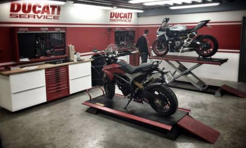 Ducati: Desmo Mobility - Powered by Audi