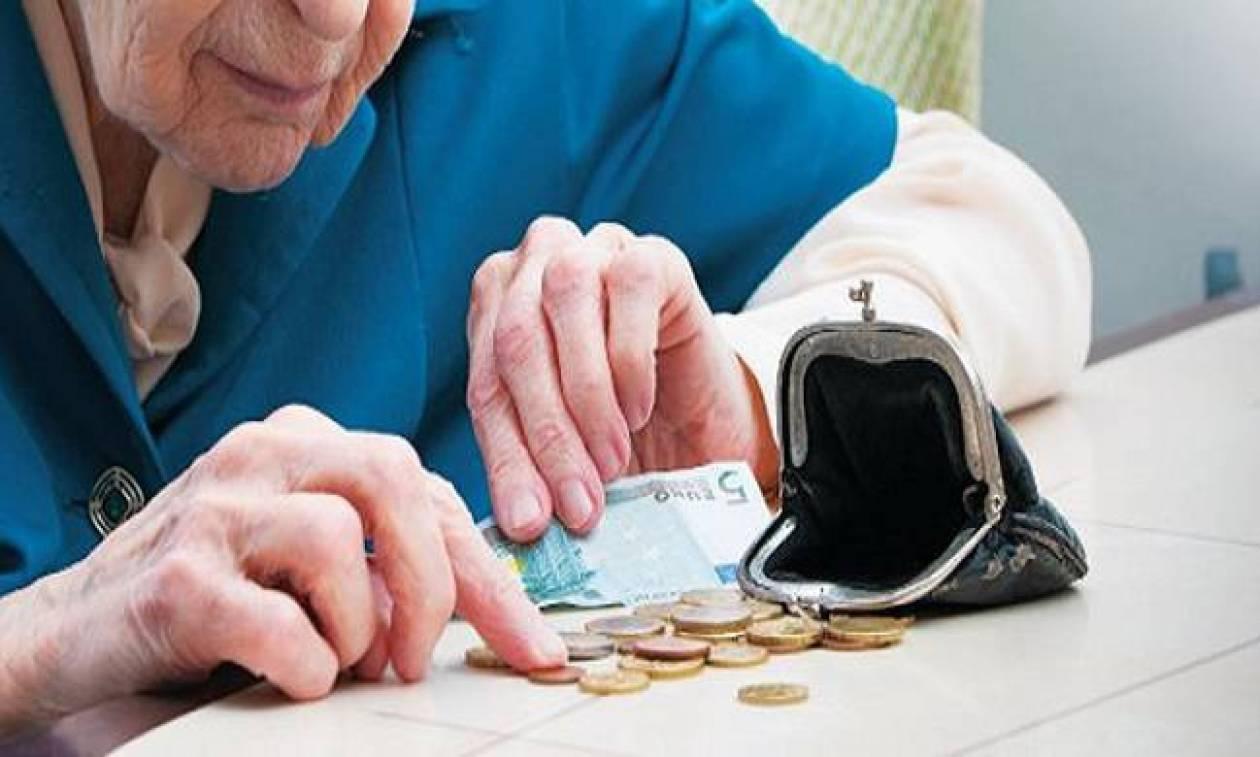 Когда повысят пенсии военным пенсионерам украины