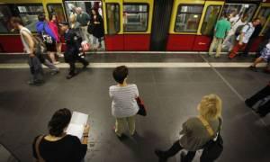 Στη Γερμανία η ανεργία μειώνεται εντυπωσιακά!