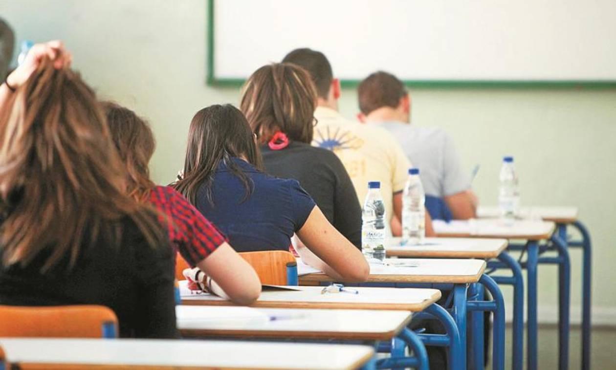 Τα «πάνω-κάτω» στην Παιδεία: Προς κατάργηση οι Πανελλαδικές εξετάσεις
