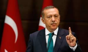 Συνεργάτης του Ερντογάν: Οι απειλές μας έπιασαν κι η Ευρώπη έβαλε το «χέρι στην τσέπη»