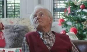 Η «πορνό» χριστουγεννιάτικη διαφήμιση που έκλεψε τις εντυπώσεις (video)