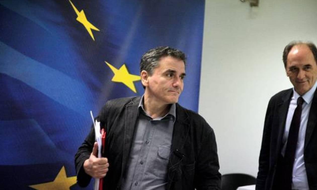 «Κλείδωσε» η συμφωνία: Τα δάνεια των Ελλήνων στα χέρια ξένων funds