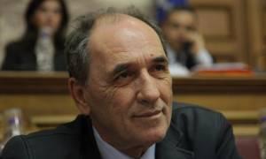 Σφάζονται στη Βουλή για κόκκινα δάνεια, μισθολόγιο Δημοσίου και δημόσια έργα
