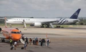 Έξι ύποπτοι ανακρίνονται για ύποπτο δέμα σε αεροσκάφος της Air France