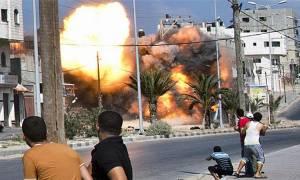 Μαίνονται οι μάχες κοντά στην πρωτεύουσα της Υεμένης (Vid)