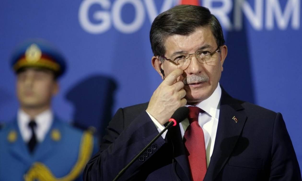 Έκκληση Νταβούτογλου για διαμεσολάβηση της Σερβίας στη διένεξη με τη Ρωσία
