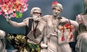 Ασέβεια! H Gucci έντυσε με πολύχρωμα ρούχα και τσάντες τα γλυπτά του Παρθενώνα (Photos)