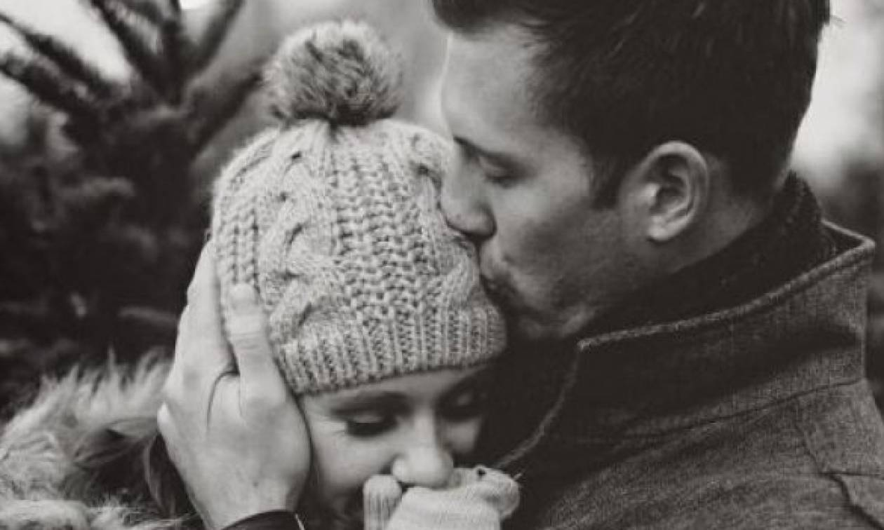 Όταν ένας άντρας ερωτεύεται: Αυτά είναι τα βασικά σημάδια για να το καταλάβεις