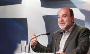 Αλεξιάδης: Αφορολόγητο με πλαστικό χρήμα
