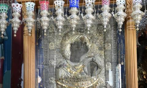 Αποτέλεσμα εικόνας για Αποτέλεσμα εικόνας για Η ΠΑΝΑΓΙΑ ΤΟΥ ΑΞΙΟΝ ΕΣΤΙ ο ναός στο πρωτατο αγιου ορους