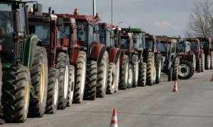 Στα άκρα οι αγρότες - Κλείνουν λιμάνια, αεροδρόμια και εθνικές οδούς