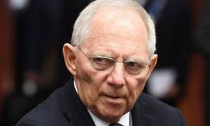 Διευκρινίσεις Σόιμπλε για τα περί Grexit