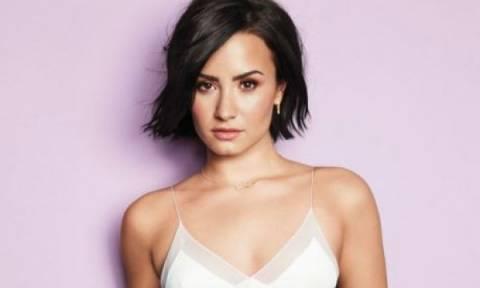 Demi Lovato: Ποια ειναι η χειρότερη beauty συνήθειά της;