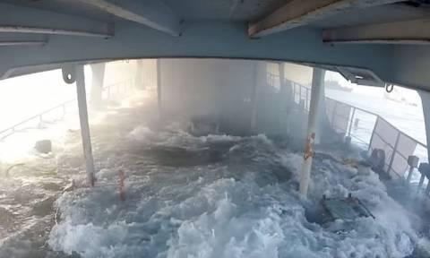 Ο απόλυτος τρόμος: Έτσι είναι να βρίσκεσαι μέσα σε πλοίο που βυθίζεται! (video)