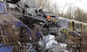 Δέκα οι νεκροί από το σιδηροδρομικό δυστύχημα στην Βαυαρία (pics+vid)