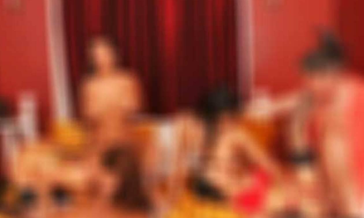 Ελεύθερα νέος Έφηβος/η πορνό εικόνες