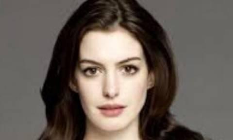 Η Anne Hathaway μοιράστηκε μαζί μας την πιο γλυκιά της φωτογραφία