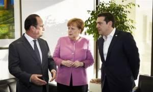Τι συμφώνησαν Τσίπρας, Μέρκελ και Ολάντ για προσφυγικό και αξιολόγηση