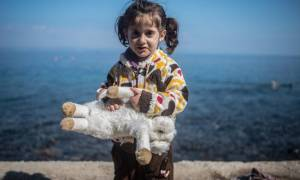 Διαρκής Ιερά Σύνοδος: Στηρίζει τους πρόσφυγες-Αντισυνταγματικός ο νόμος καύσης νεκρών