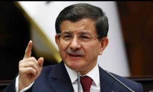 Νταβούτογλου: Το φιλοκουρδικό κόμμα θέλει να σύρει την Τουρκία στο χάος