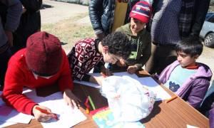 Προσφυγικό: Εμβολιασμό παιδιών και ενηλίκων συστήνει η Εθνική Επιτροπή Εμβολιασμών