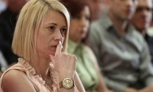 Ραχήλ Μακρή: «Ανιστόρητο ανδρείκελο» ο Τσίπρας
