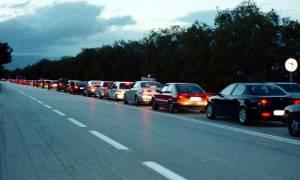 Καθαρά Δευτέρα: Ξεκίνησε η έξοδος των εκδρομέων - Πού έχει κίνηση