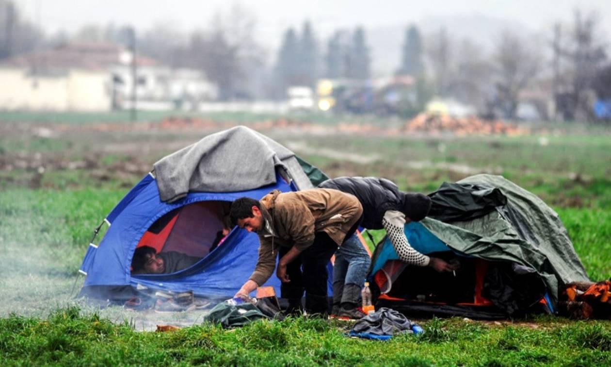 Μόνο 900 από τους 160.000 πρόσφυγες σε Ελλάδα και Ιταλία μετεγκαταστάθηκαν σε άλλα κράτη-μέλη