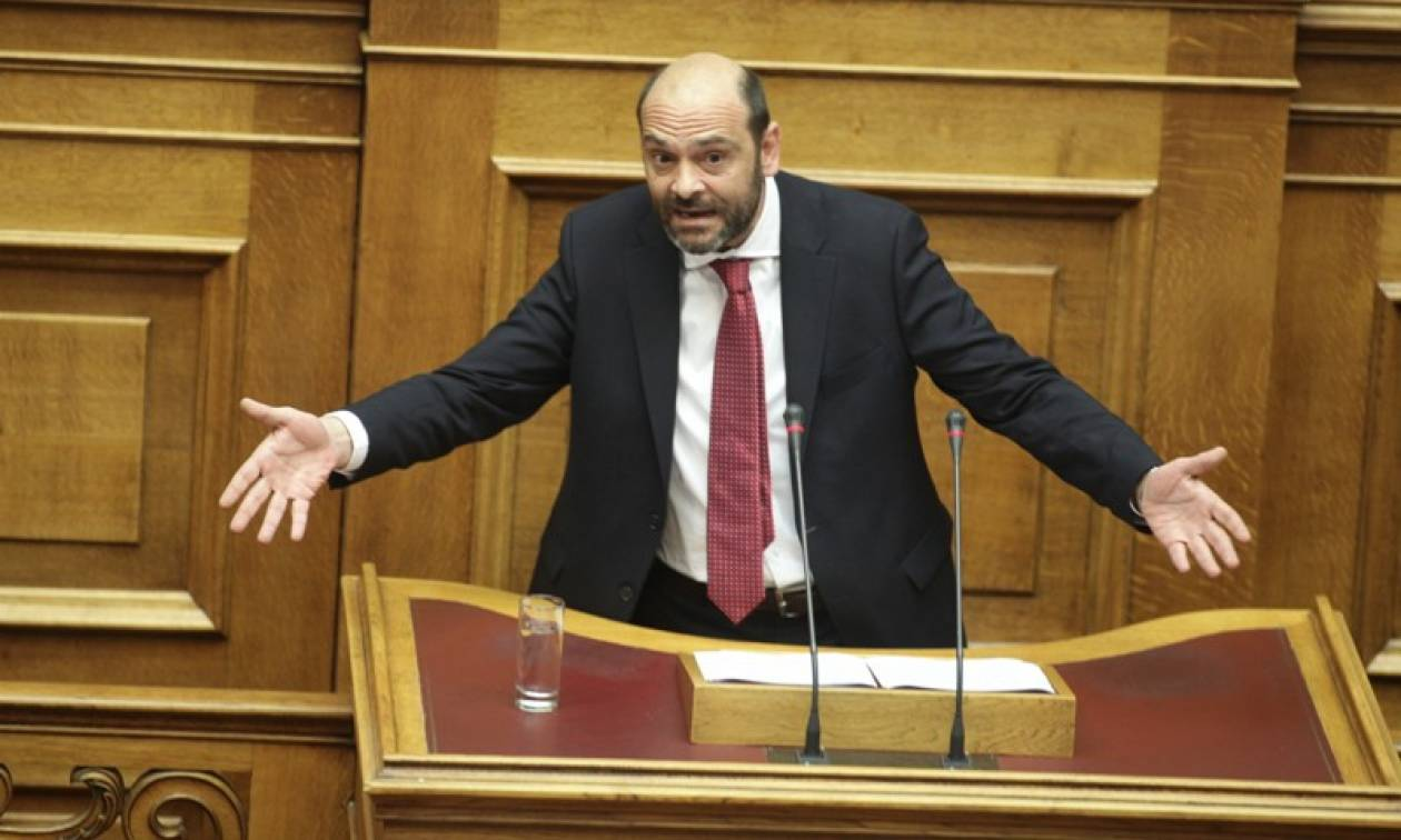 Στην Ολομέλεια της Βουλής η… «τσ@τσ@να» του Ιάσονα Φωτήλα!!!