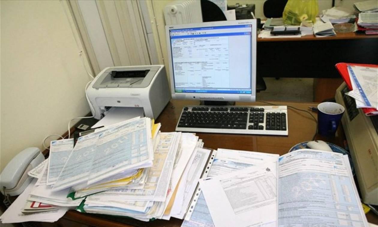 Καταλήψεις εφοριών προγραμματίζουν για αύριο Πέμπτη λογιστές και φοροτεχνικοί