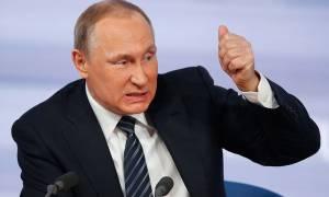 Πούτιν: Η Δύση στοχεύει να αποδυναμώσει τη Ρωσία με τα Panama Papers