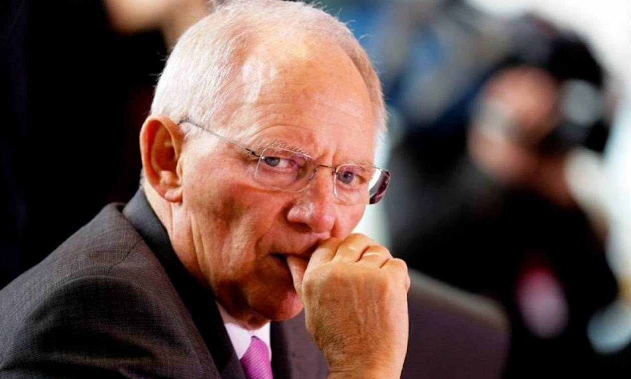 Βόμβα Spiegel: Ο Σόιμπλε εμπλέκεται σε ύποπτες συναλλαγές με τα Panama Papers