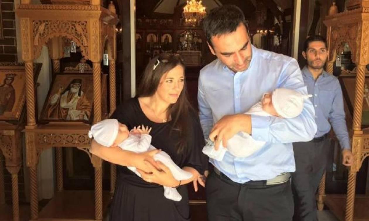 Κώστας Γρίμπιλας: Τα μωράκια του σαράντισαν και δημοσίευσε τις πιο γλυκές φωτογραφίες!