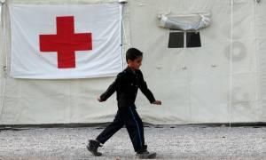 ΕΕΣ: Αυξάνεται η χρηματοδότηση από τη Διεθνή Ομοσπονδία για το προσφυγικό