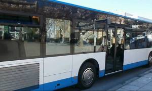 Ηράκλειο: Αστικό λεωφορείο τυλίχθηκε στις φλόγες εν κινήσει (pics)