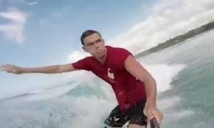 Η συγκλονιστική εξομολόγηση ενός σέρφερ που ακρωτηριάστηκε από καρχαρία
