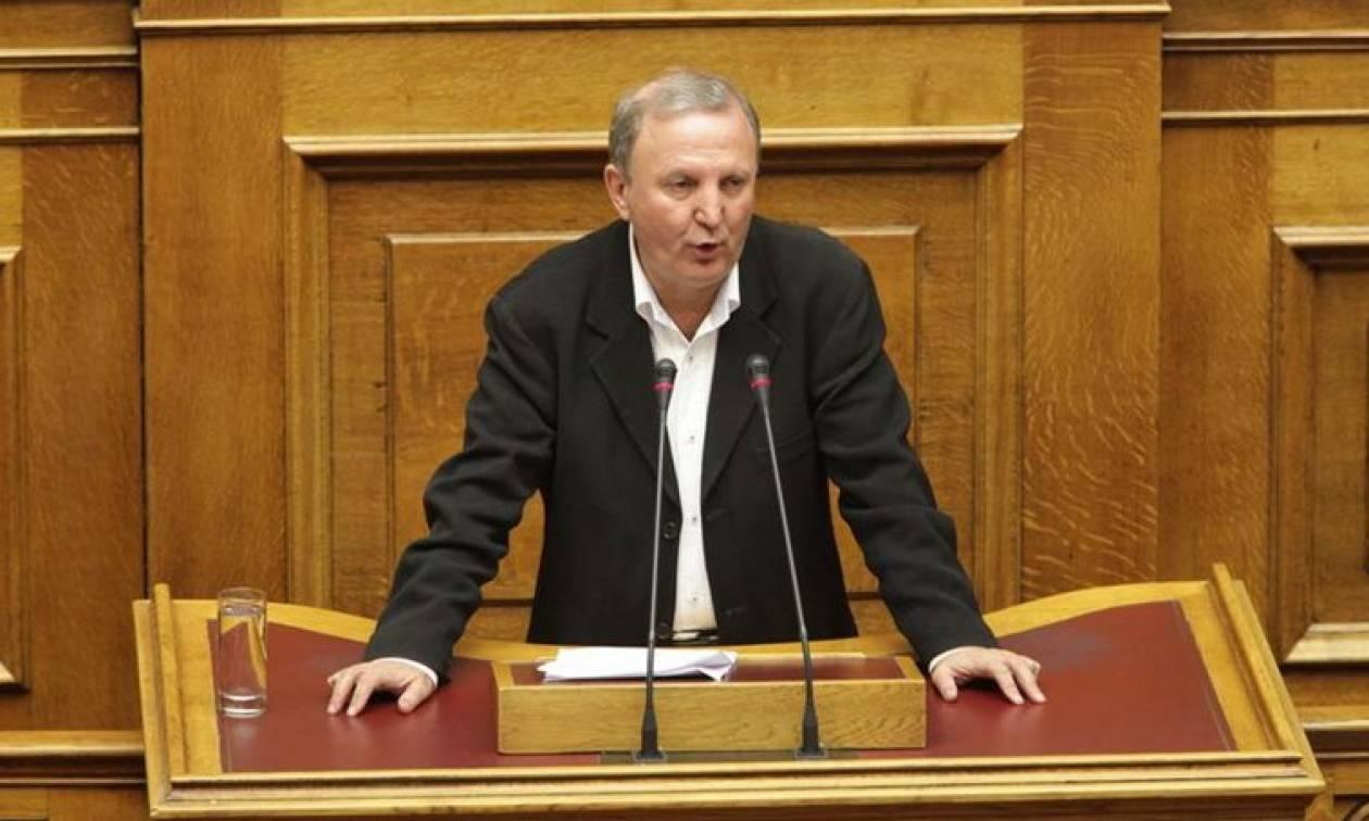 Βουλευτής ΣΥΡΙΖΑ: Θα παραιτηθώ αν επιβληθεί ΦΠΑ 24%