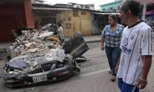 Ισημερινός: Αυξάνονται διαρκώς οι νεκροί από τον σεισμό - Στους 233 ο απολογισμός (Pics & Vids)