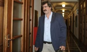 Ο Πολάκης, οι λίστες του ΚΕΕΛΠΝΟ και η μετακλητή υπάλληλος: Ένα κουβάρι που ζητά λύση