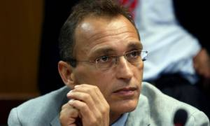 Για αδικήματα που επισύρουν κάθειρξη 53 ετών ζητούν την έκδοση του Λ. Μπόμπολα οι Κύπριοι